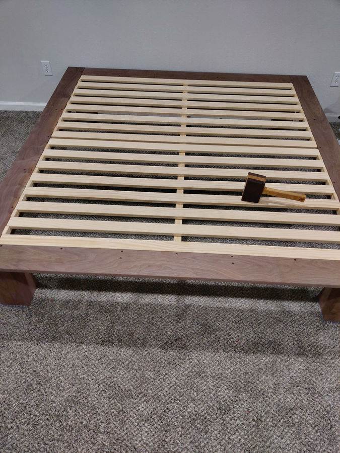 Photo of Platform kingbed