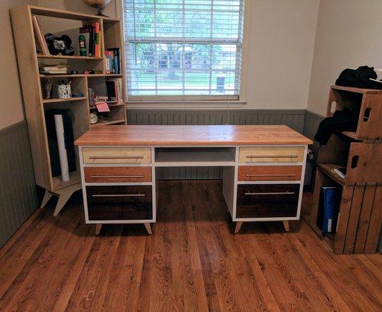 The Neapolitan Desk