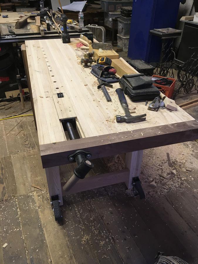 Photo of Roubo Workbench