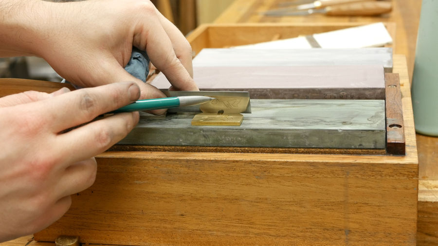Photo of How To Sharpen A New Chisel And Plane Iron