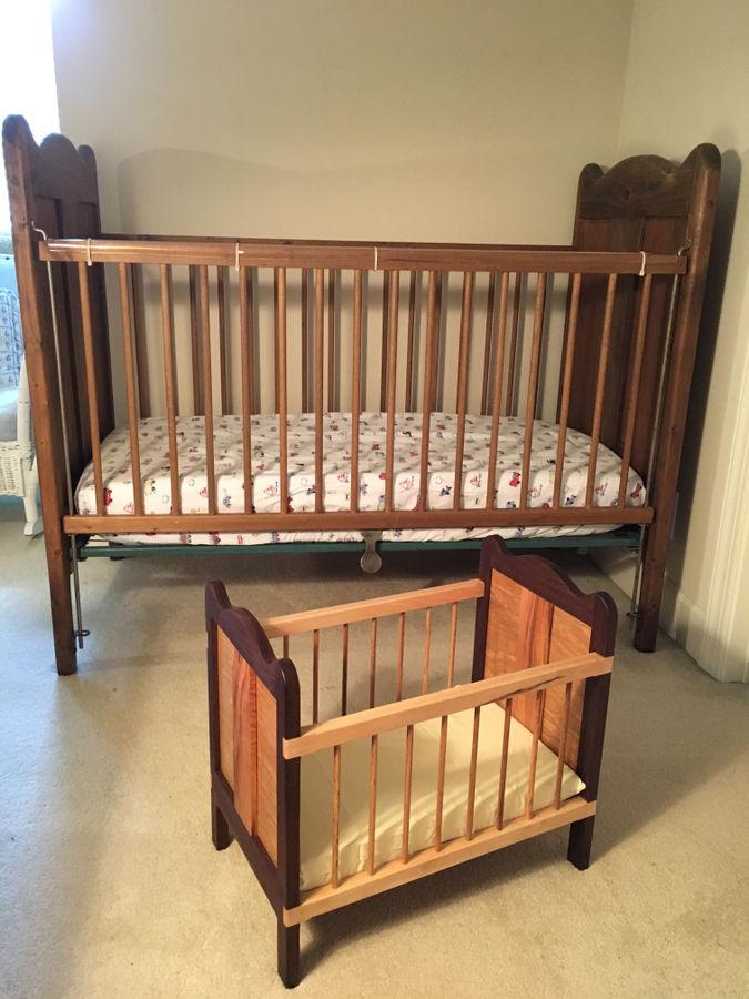 Photo of Replica Baby(doll) Crib