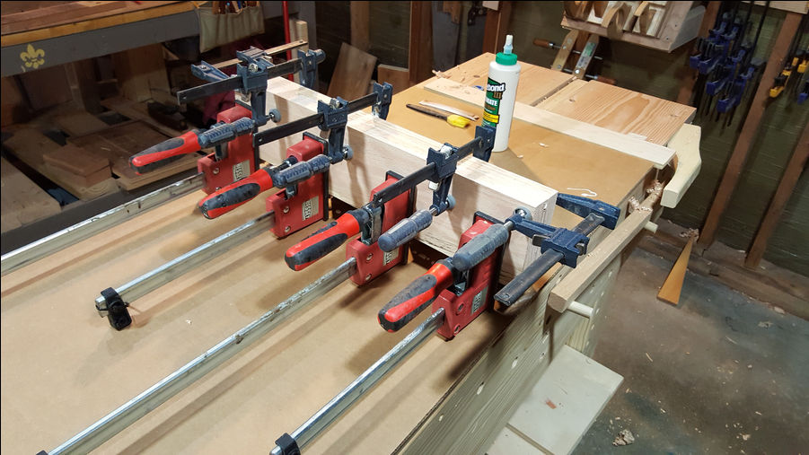Photo of Monday Woodworking 101 - Budget Moxon Vise