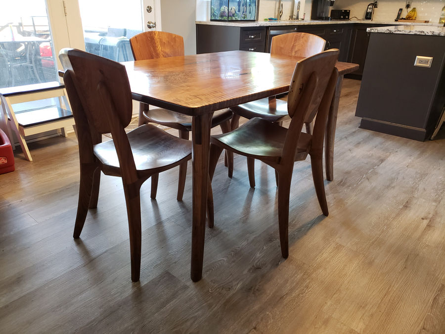 Photo of Kitchen table and chairs