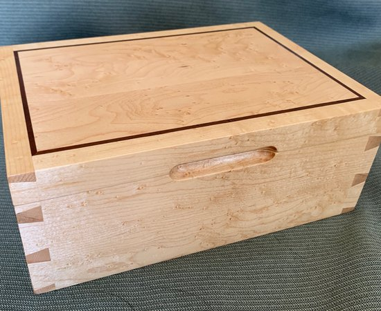 Dovetail Keepsake Box
