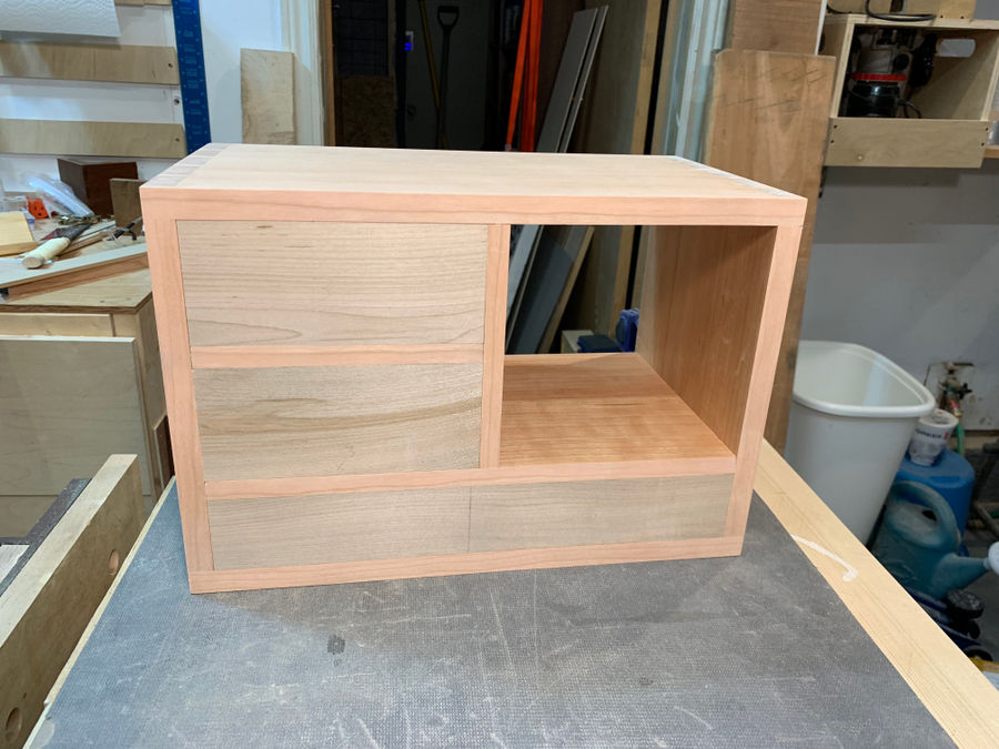 Photo of The Wave - A little desk cabinet