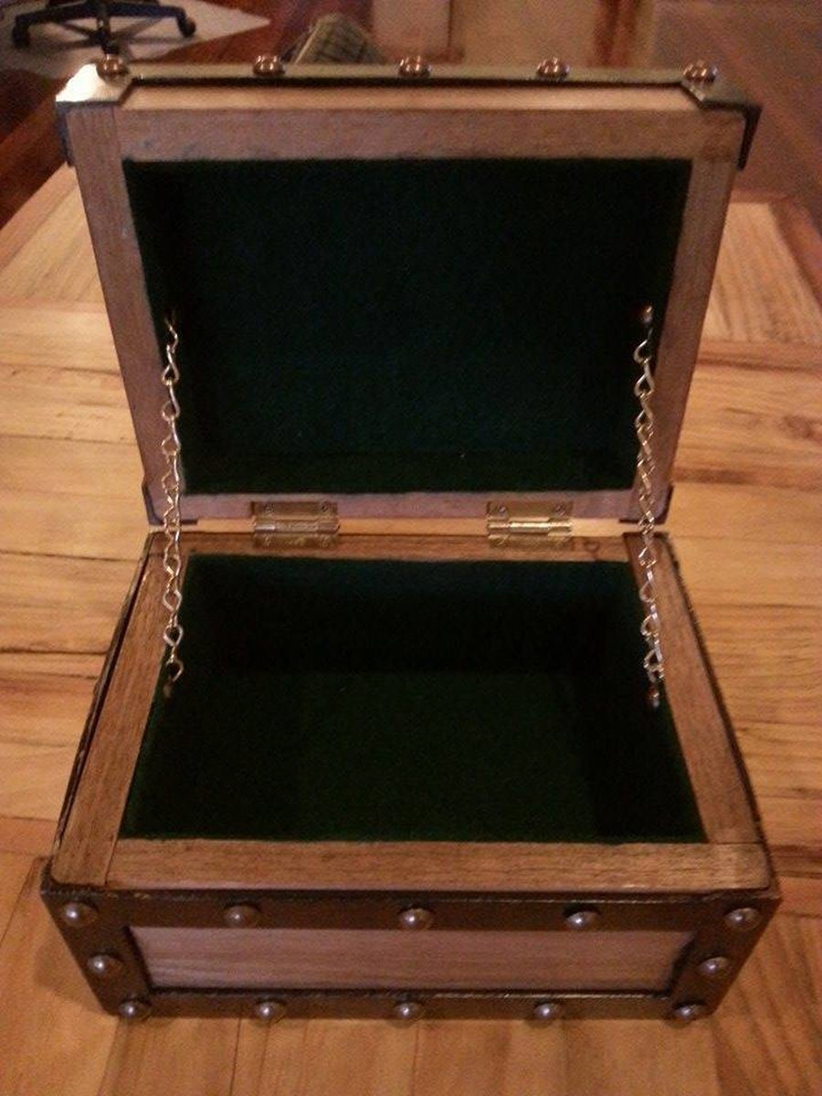 Photo of Tasmania Oak Box