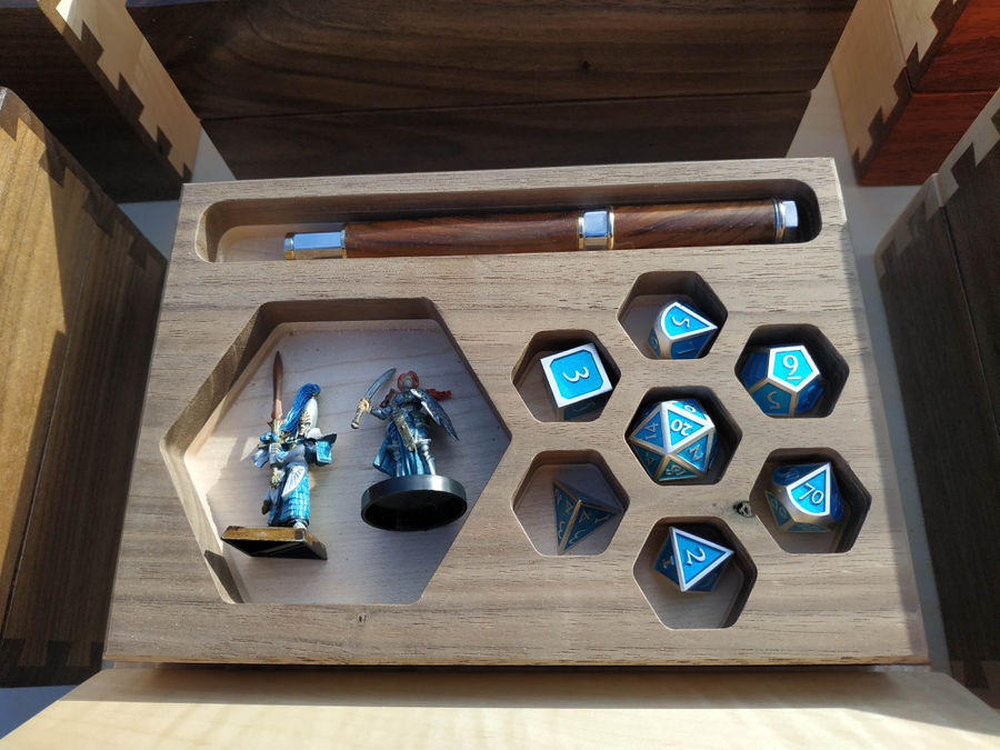 Photo of D&D Dicetray and Minifig Boxes