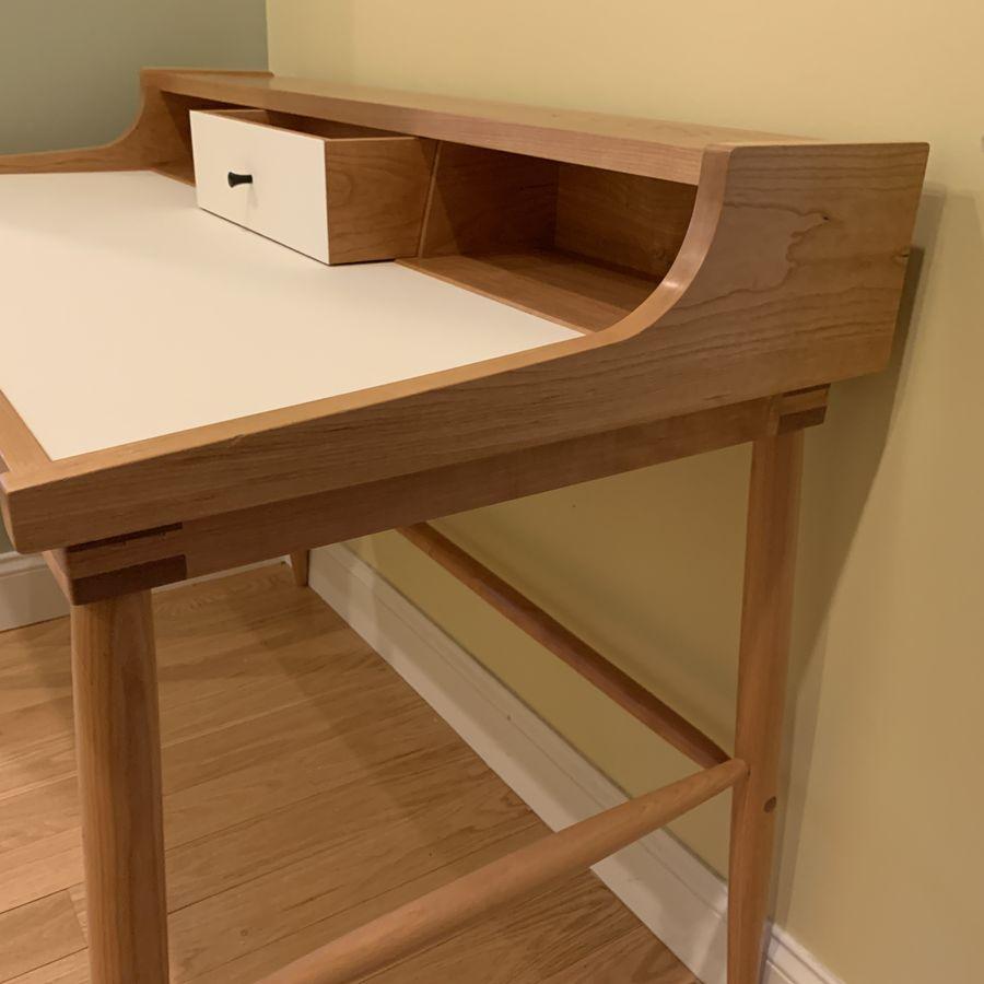 Photo of Contemporary Desk In Cherry