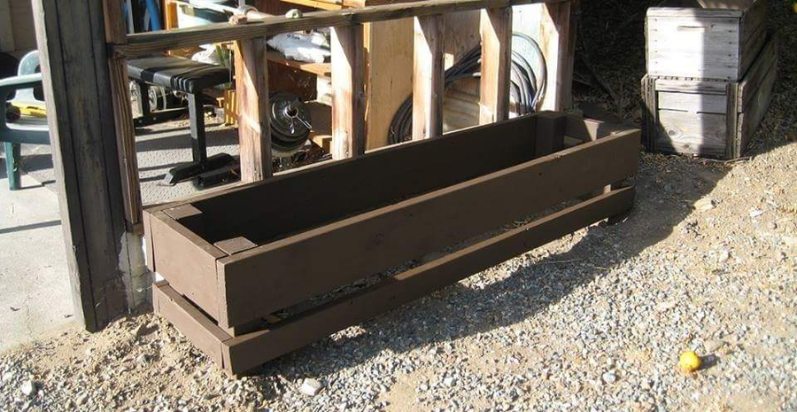 Photo of Planter From Scrap 2x Lumber