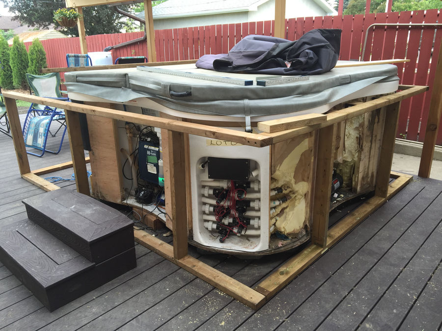Photo of Cedar Hottub Surround With Built In Cooler