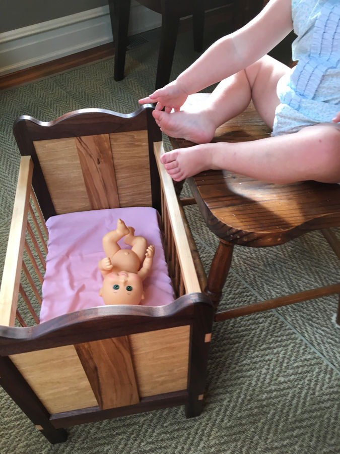 Photo of Replica Baby(doll) Crib