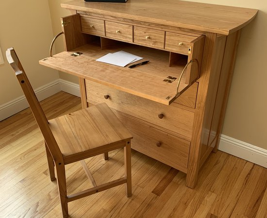 Chest Of Drawers With Butler'S Desk