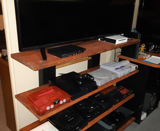 gaming display shelf for old electronic games